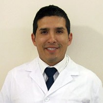 Dr. Edgar Villavicencio Chaves